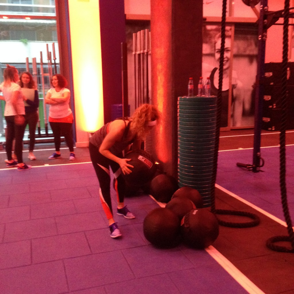 Master trainer Nike Cindy